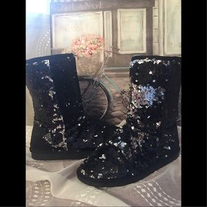 Black and Silver Sequin boots ✨